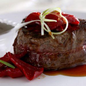 Botermalse-biefstuk-met-pikante-paprika-en-oestersaus-400x300.jpg